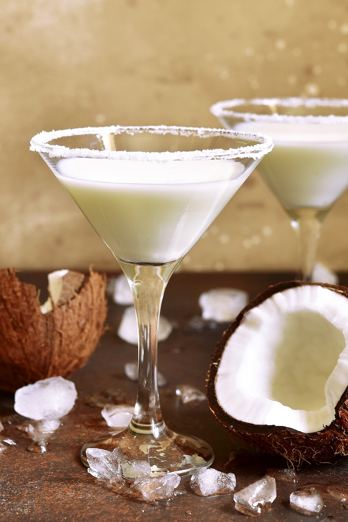 Dairy-Free Almond Joy Martini Recipe for a Sweet, Creamy, Vegan Drink. It's a candy bar-inspired, easy, alcoholic beverage without a drop of milk, cream, or soy