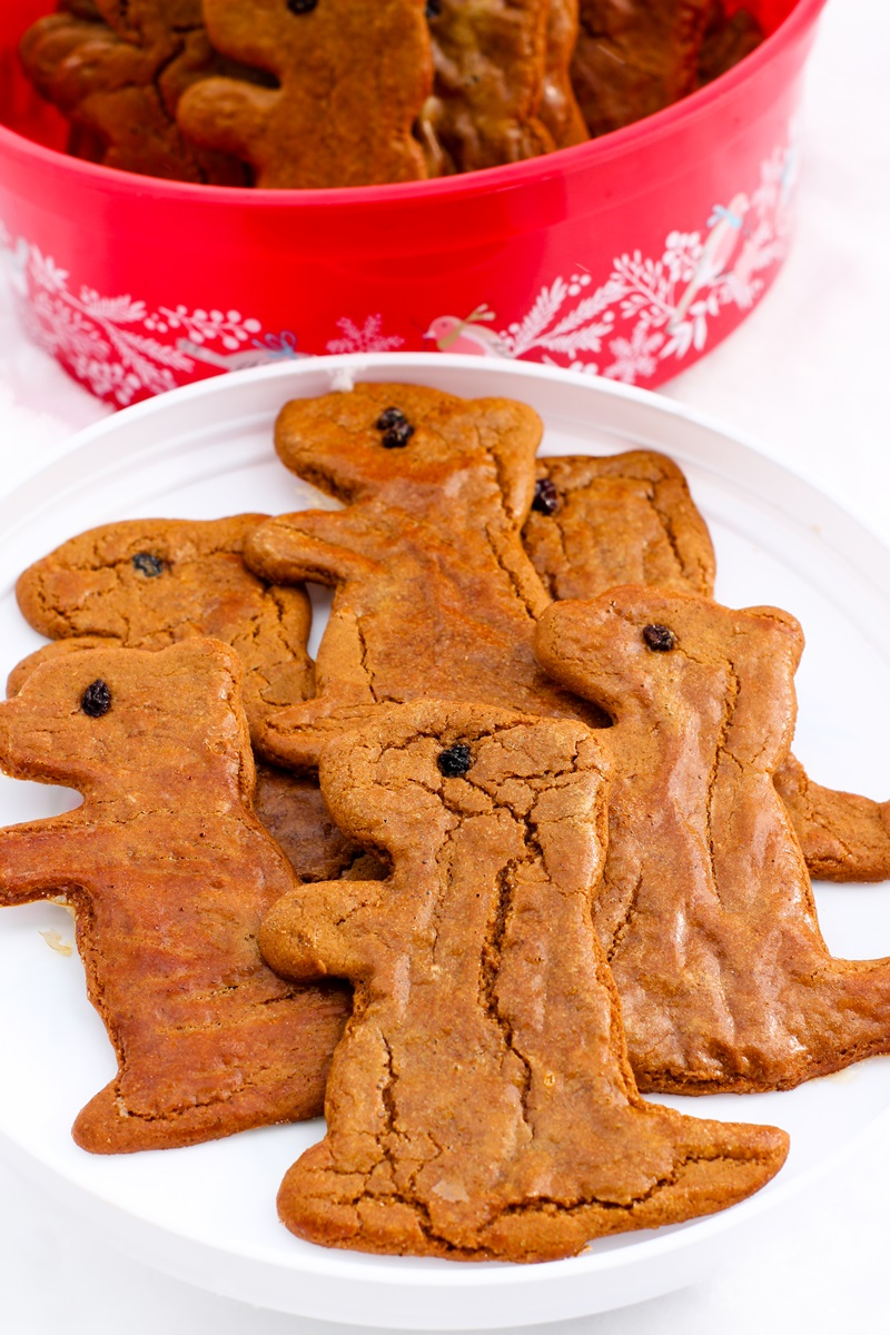 Dairy-Free Groundhog Day Cookies Recipe (Spiced Molasses!) to Make Punxsutawney Proud (fun kid-friendly recipe with nut-free and egg-free options)