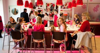 American Girl Bistros Give Food Allergic Guests the Full Experience