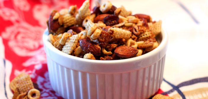 Protein-Packed Breakfast Snack Mix for Dairy-Free on the Go