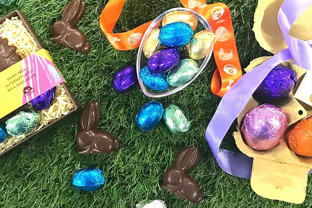 The Complete Easter Chocolate Round-Up for the UK, Europe, and Australia - includes all types of eggs, bunnies, and more (more than 25 brands!) - Vegan and gluten-free too.