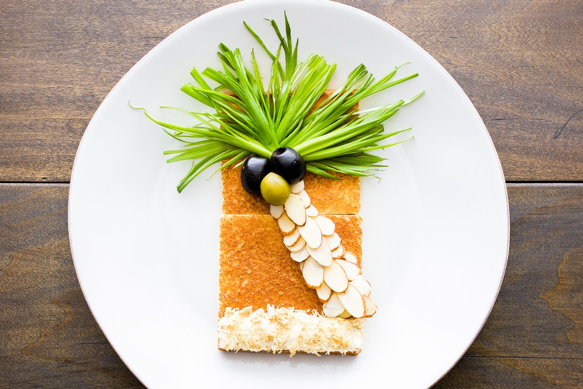 Dairy-Free Summer Beach Toast Recipe and Idea - Fun, Healthy, and Savory Snacking. Great to make with kids!
