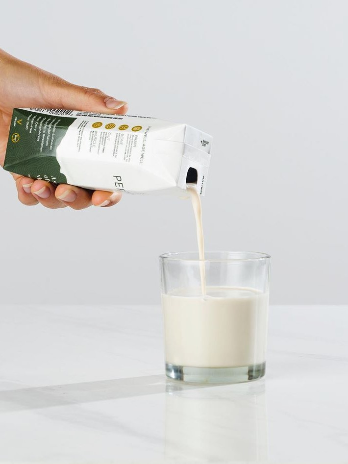 Perennial is a Timeless Dairy-Free Milk Beverage for Healthy Aging - review, ratings, ingredients, and more information. A balanced drink for 50+