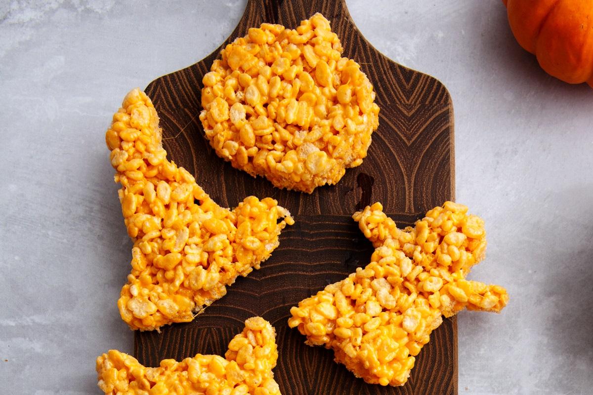 Vegan Halloween Rice Crispy Treats Recipe (great for Thanksgiving too!)