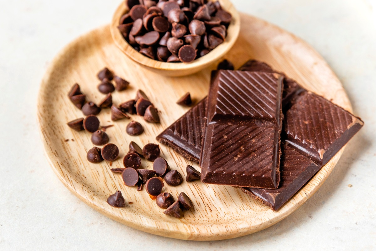 Naturally Keto - Chocolate Bars or Chips