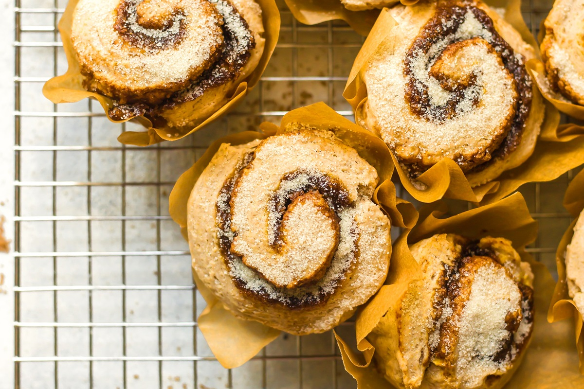 So Delicious - Pumpkin Cinnamon Roll Muffins