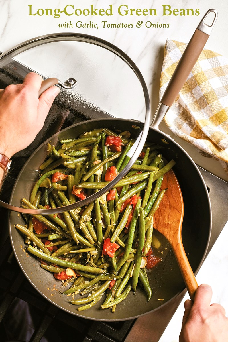 Long-Cooked Green Beans Recipe with Garlic, Onions, and Tomatoes (Vegan and Allergy-Friendly Side Dish)