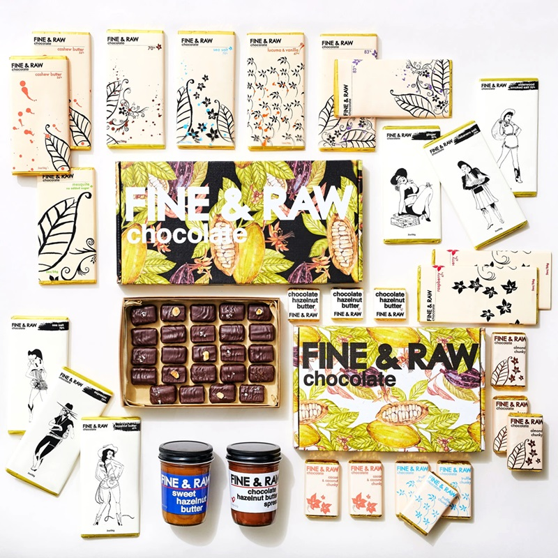 The Best Dairy-Free Chocolate Gifts for the Holidays. Pictured: Find & Raw I Dream of Chocolate Gift Set