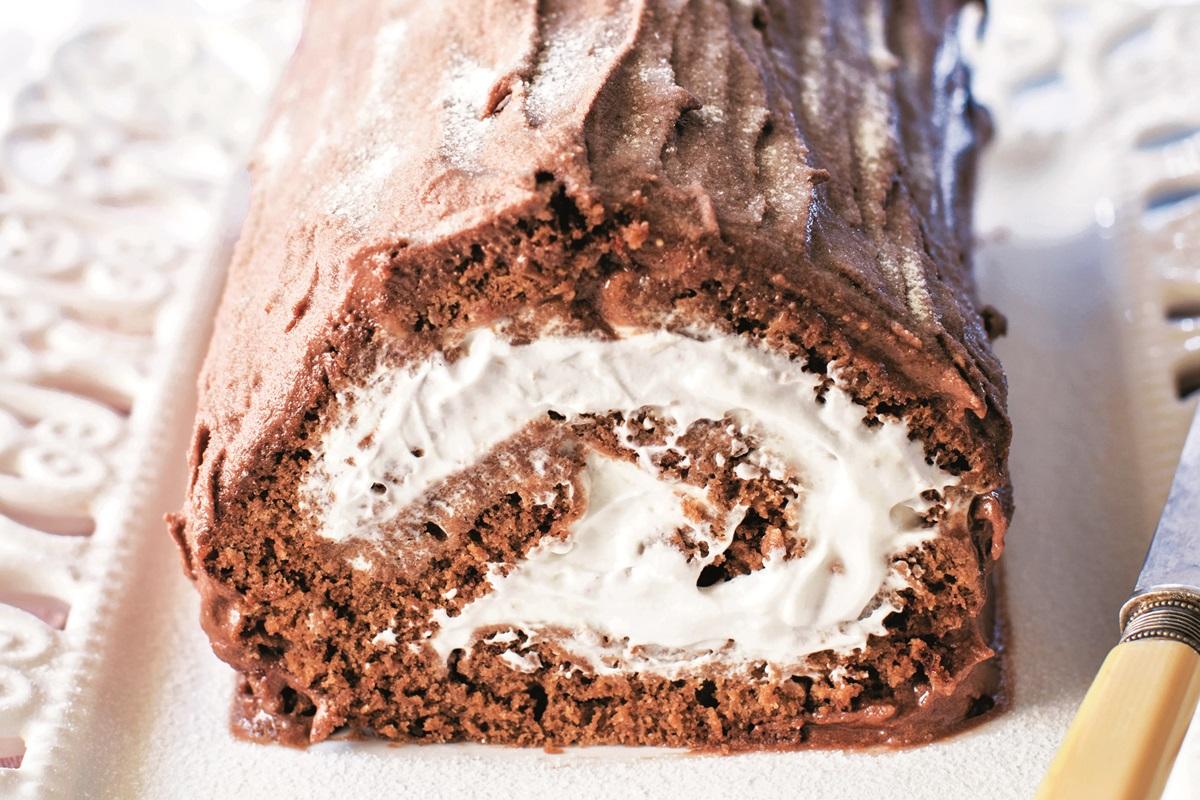 what is a yule log dessert