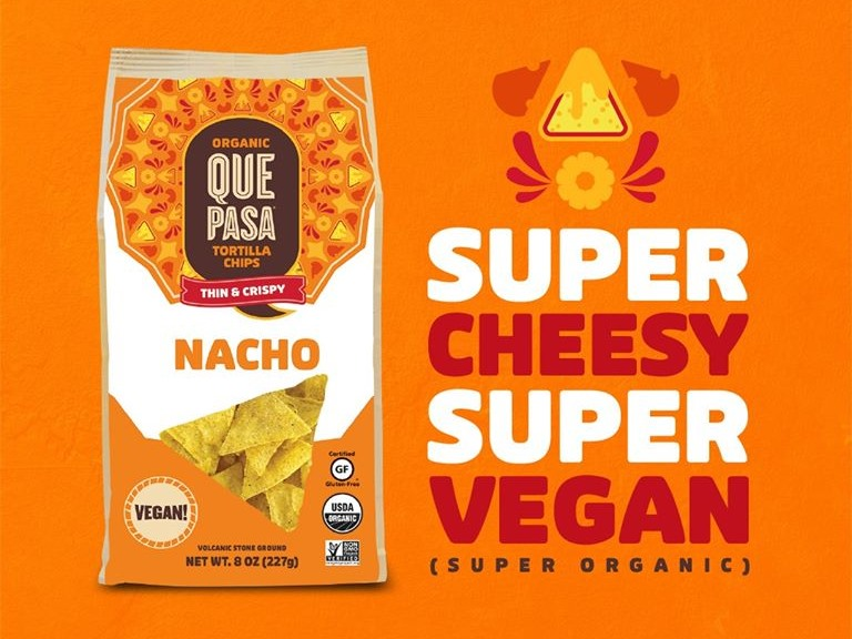 The Best Crunchy Cheesy Dairy-Free Snacks - from crackers to chips, puffs to popcorn, and more! Vegan, Gluten-Free, and Grain-Free Options. Pictured: Que Pasa Vegan Nacho Chips