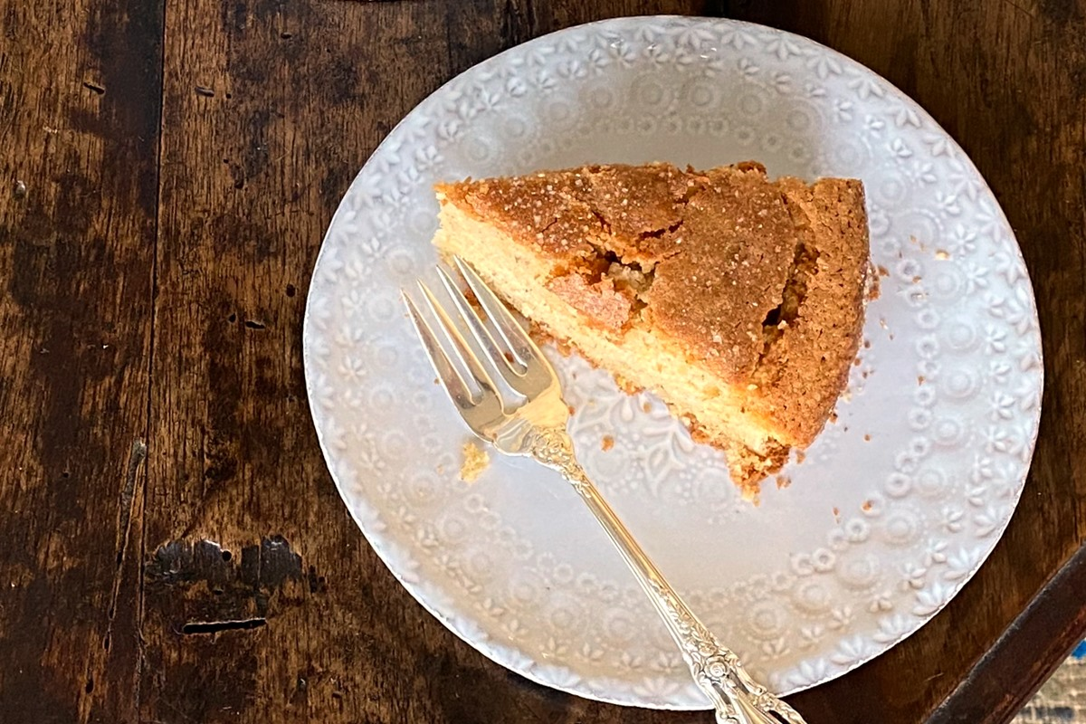 Citrus Olive Oil Cake Recipe - moist, tender, and butterless! This naturally dairy-free cake is like a light pound cake with a sweet, caramelized crust. Lots of recipe options.