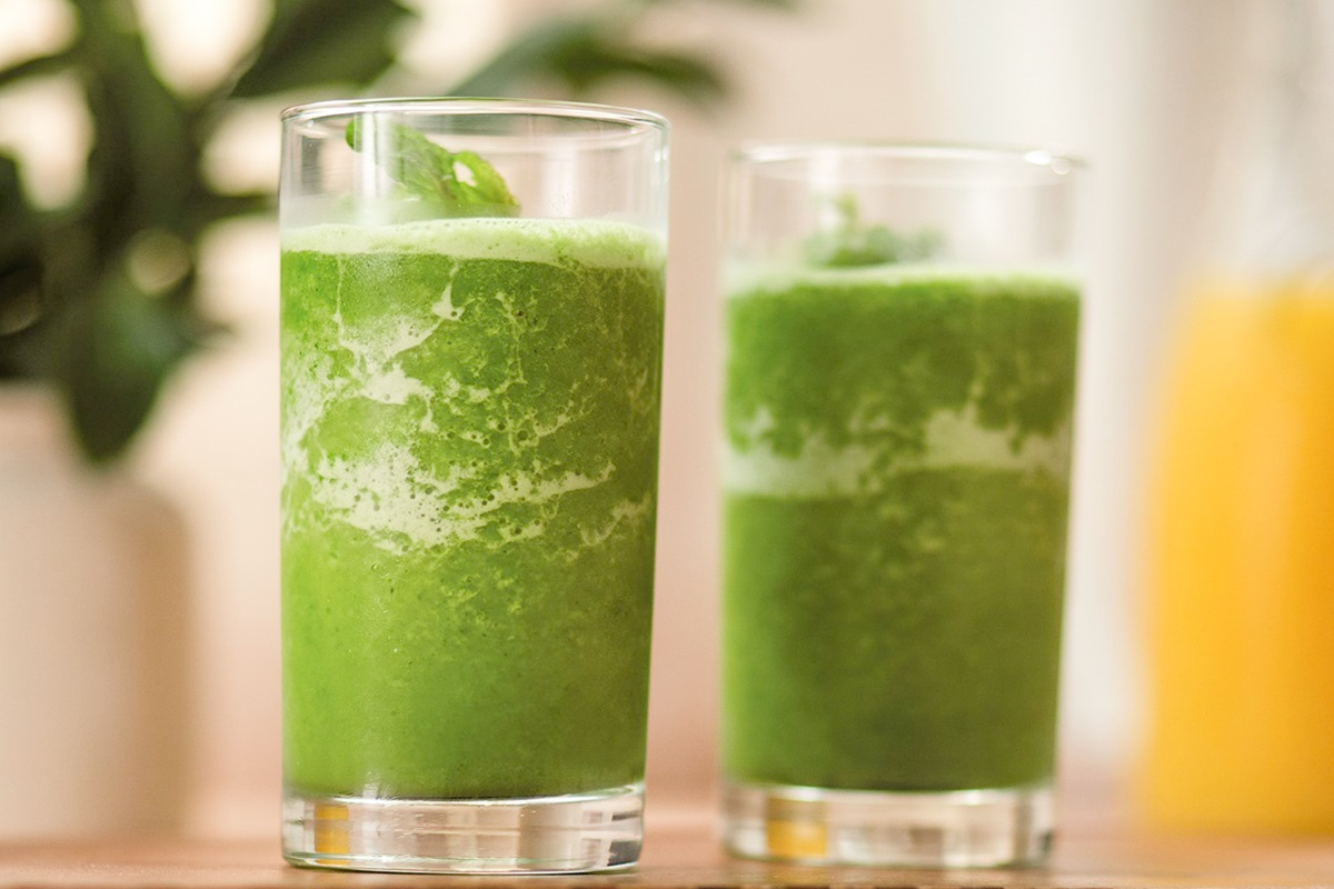 Dairy-Free Orange Kale Smoothie Recipe for Bone and Heart Health!