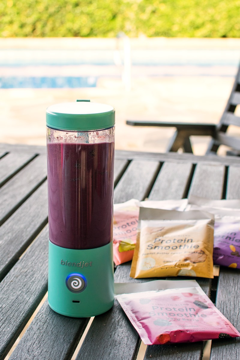 JetPack Protein Smoothies Reviews and Info - Plant-Based, Dairy-Free Instant Smoothie Blends from Blendjet